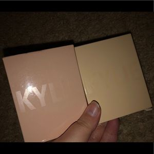 Kylie Cosmetics French & Cotton Kylighters bundle
